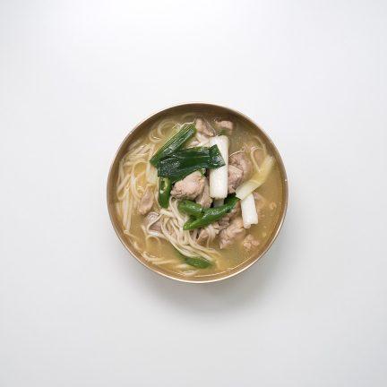 한방 순살 닭 칼국수